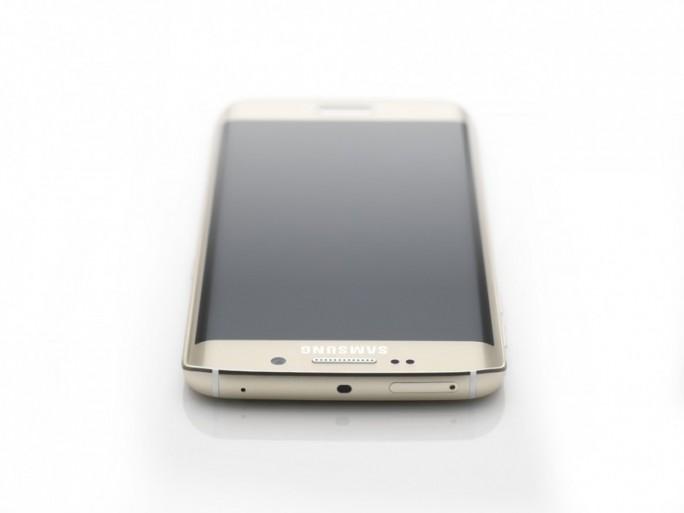Samsung-Galaxy-Edge-G925F-00101 (Bild: Samsung)