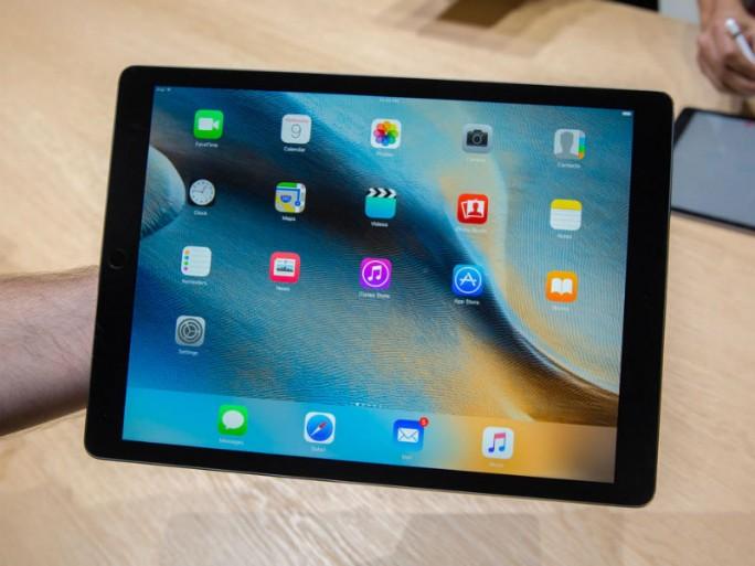 Das iPad Pro hat eine Diagonale von 12,9 Zoll (Bild: James Martin/CNET)