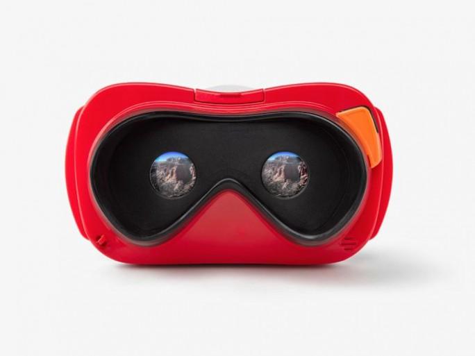 Google vertreibt nun über seinen Shop unter anderem auch das View-Master Virtual-Reality-Starterpaket von Mattel (Bild: Google).