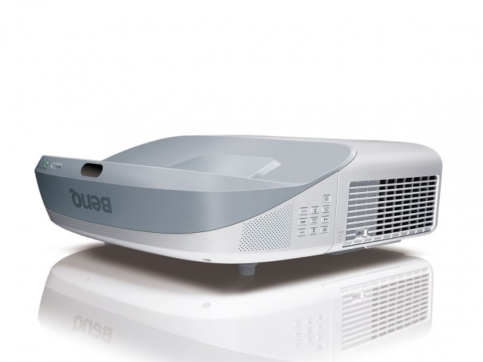 Benq Projektor MW883UST (Bild: Benq)