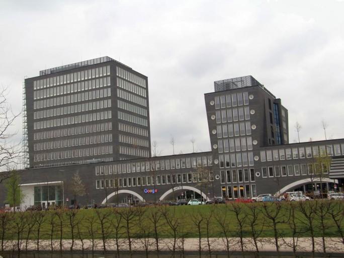 Im Münchner Google-Entwicklungszentrum im Büroviertel Arnulfpark neben der Hackerbrücke arbeiten bereits jetzt 400 Mitarbeiter, künftig sollen es bis zu 800 sein, die meisten davon Software-Ingenieure (Bild: silicon.de).