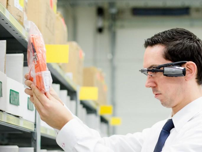 Bechtle setzt seit Anfang des Jahres als erstes Unternehmen weltweit den SAP AR Warehouse Picker ein (Bild: Bechtle).