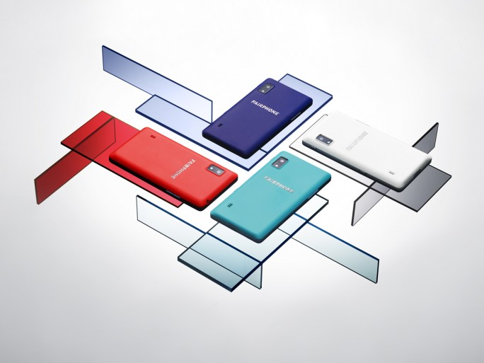 Die farbigen Back Cover des Fairphone 2 (Bild: Fairphone)