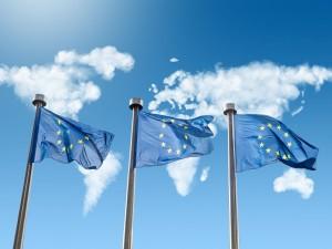 EU-Flaggen-Shutterstock