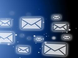 E-Mail-Flut kostet Produktivität (Bild: Shuttsterstock)